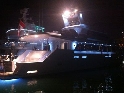 Yacht party cabo